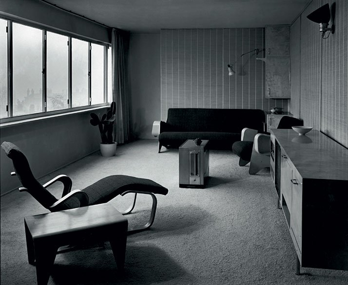 A room at the Ventrice apartment, London, 1936.©  Photo Mark Oliver Dell and H. L. Wainwright / Architectural Review –  Marcel. Breuer Papers, Archives of American Art, Washington, D.C.