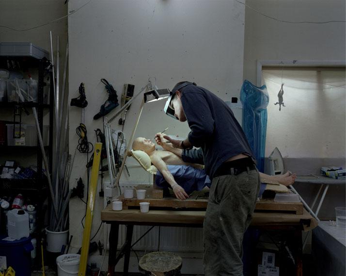Ron Mueck's Studio, October 2012 © Ron Mueck.Photo © Gautier Deblonde.