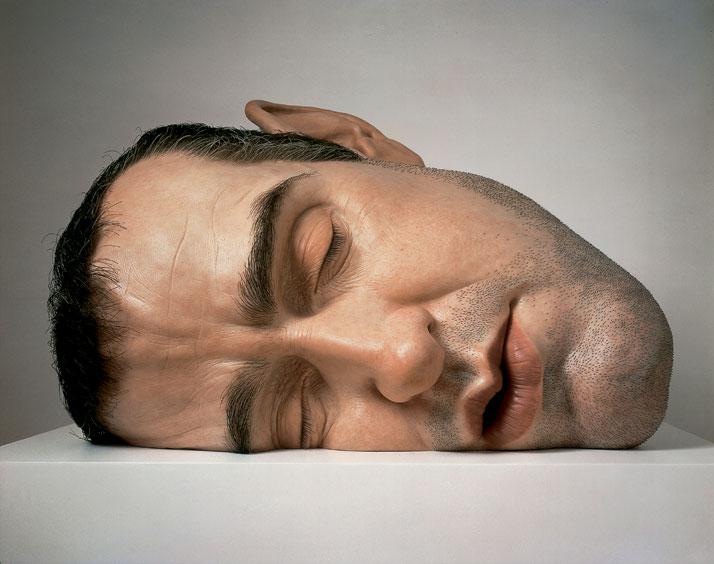Mask II, 2001. Mixed media. Anthony d'Offay, London. © Ron Mueck. Photo courtesy of Anthony d'Offay, London.Exhibition Ron Mueck, Fondation Cartier pour l'art contemporain, Paris, April 16 › Sept. 29, 2013.