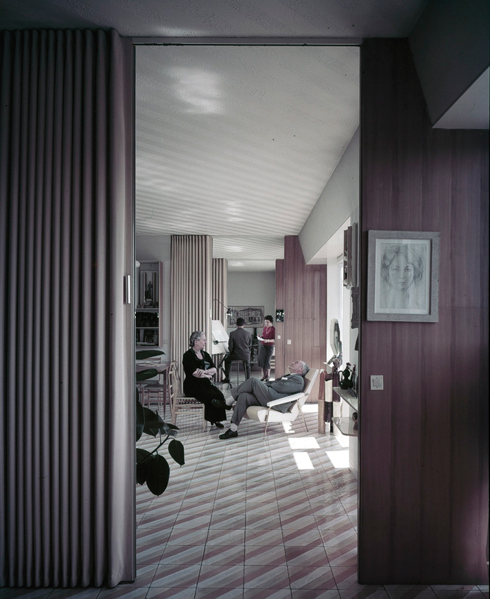 Casa Via Dezza, Gio Ponti & family. Courtesy of Gio Ponti Archives.