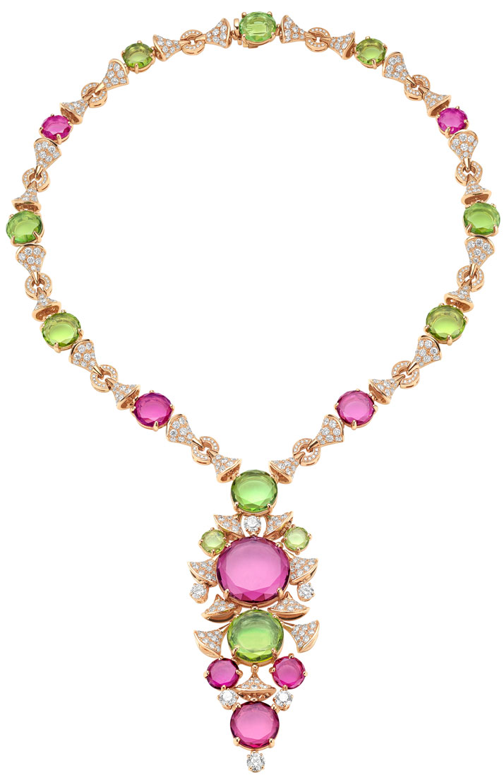 High   Jewellery necklace in pink gold with 8 rose cut purplish pink   rubellites (28,24 ct), 7 rose cut yellowish green peridots (17,44 ct), 4   rose cut green tourmalines (10,64 ct), 6 round brilliant cut.Photo © Bulgari Archives.