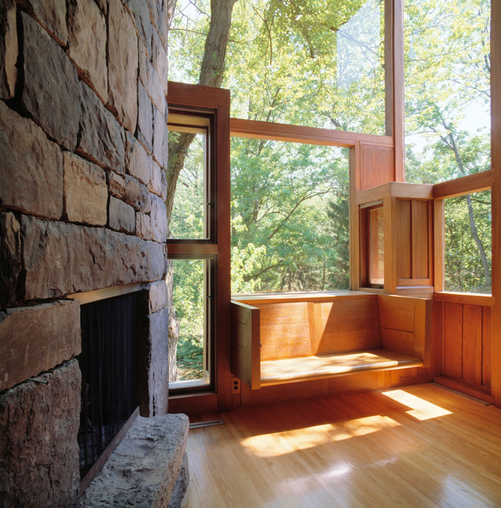 Living-room of the Norman and Doris Fisher House, Hatboro, Pennsylvania, Louis Kahn, 1960–67.© Grant Mudford.