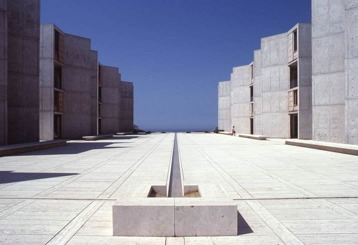 Salk Institute in La Jolla, California, Louis Kahn, 1959–65.© The Architectural Archives, University of Pennsylvania, photo: John Nicolais.