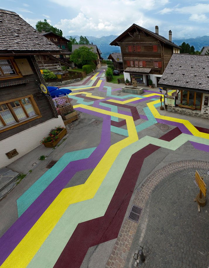 Lang-Baumann, Street Painting #5, 2010, 100 x 60 m, road marking paint. Vercorin (Switzerland). Courtesy Loevenbruck gallery and Urs Meile gallery. Photo : Robert Hofer.