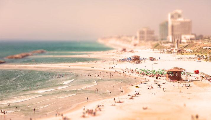 Tel Aviv, photo © Dima Shapira.