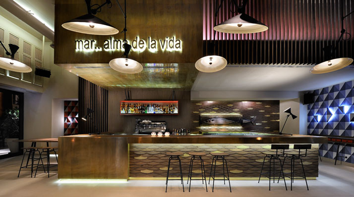 o13 caf bar in thessaloniki greece yatzer. Black Bedroom Furniture Sets. Home Design Ideas