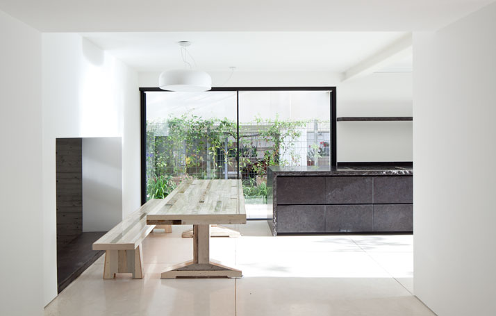 Renovation Of A Dov Carmi Urban Villa In Tel Aviv, Israel Pitsou Kedem Architects urban villa tel aviv yatzer 14