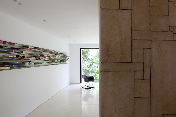 Renovation Of A Dov Carmi Urban Villa In Tel Aviv, Israel Pitsou Kedem Architects urban villa tel aviv yatzer 6