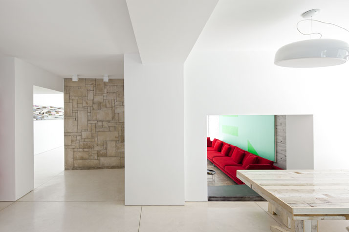 Renovation Of A Dov Carmi Urban Villa In Tel Aviv, Israel Pitsou Kedem Architects urban villa tel aviv yatzer 8