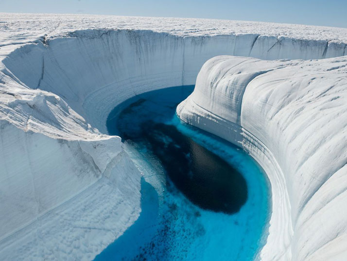 Ice Canyon, Greenland.photo © James Balog, National Geographic.
