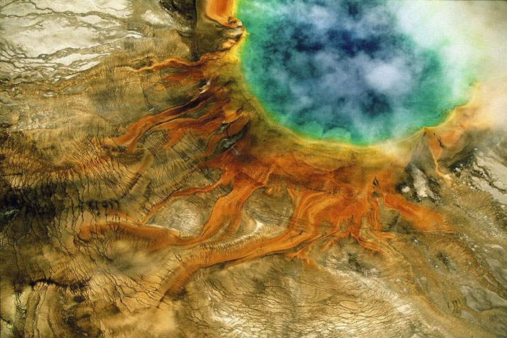 Grand Prismatic Spring, Yellowstone National Park, Wyoming, United States.photo © Yann Arthus-Bertrand.
