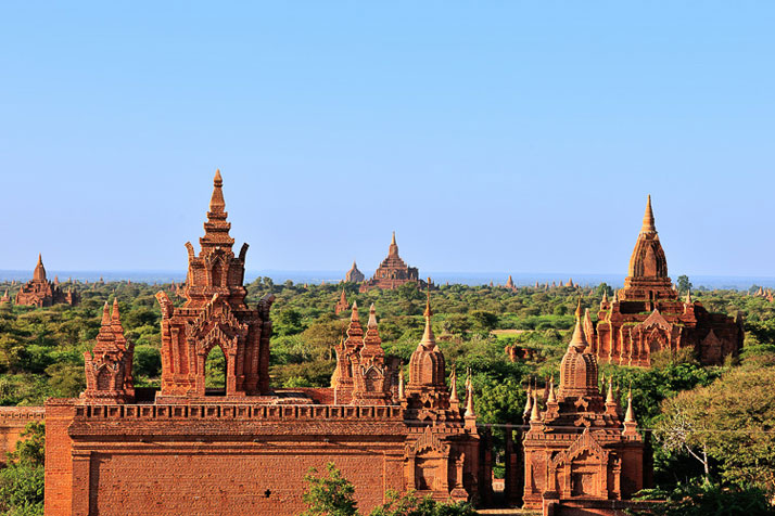 Burma (The Republic of the Union of Myanmar).photo © David De Vleeschauwer, Classe Touriste.