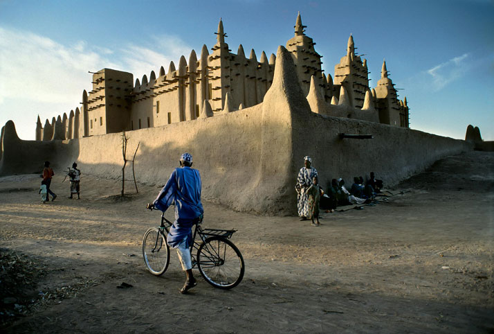 Djenné, Mali.photo © Steve McCurry.
