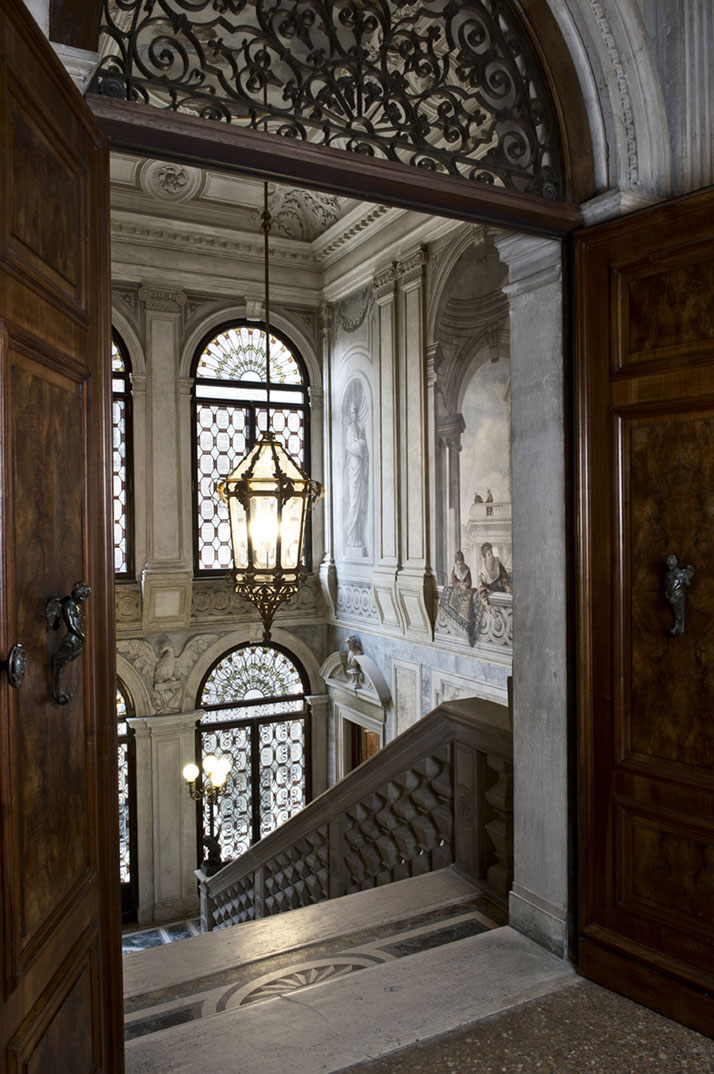 Grand stairway, photo © Aman Canal Grande Hotel, Venice, Amanresorts.