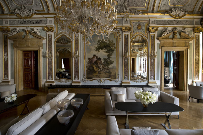 Piano Nobile Lounge, photo © Aman Canal Grande Hotel, Venice, Amanresorts.