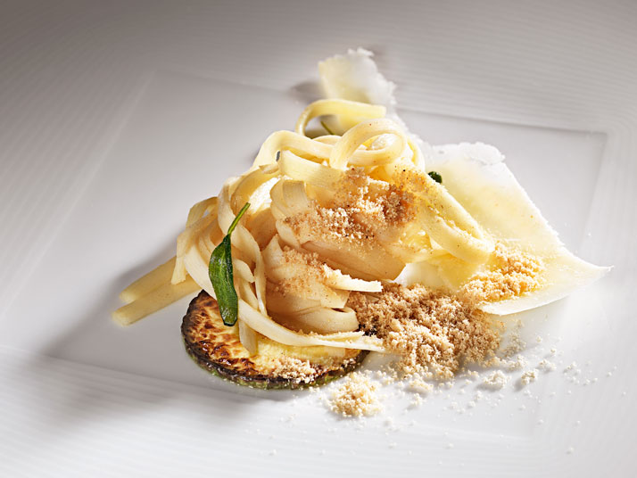 Heart of palm fettuccine with butter and sage and popcorn powder.  Photo © Alex Atala, D.O.M.