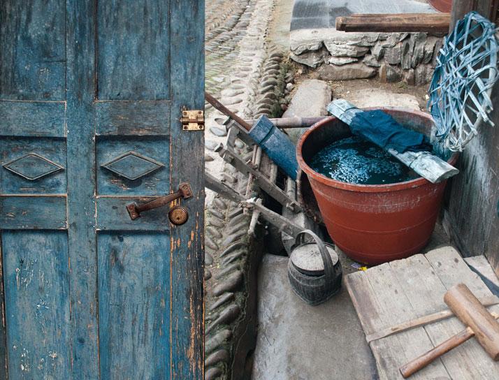 'Indigo: The Colour That Changed the World', photo © Catherine Legrand / Thames & Hudson.