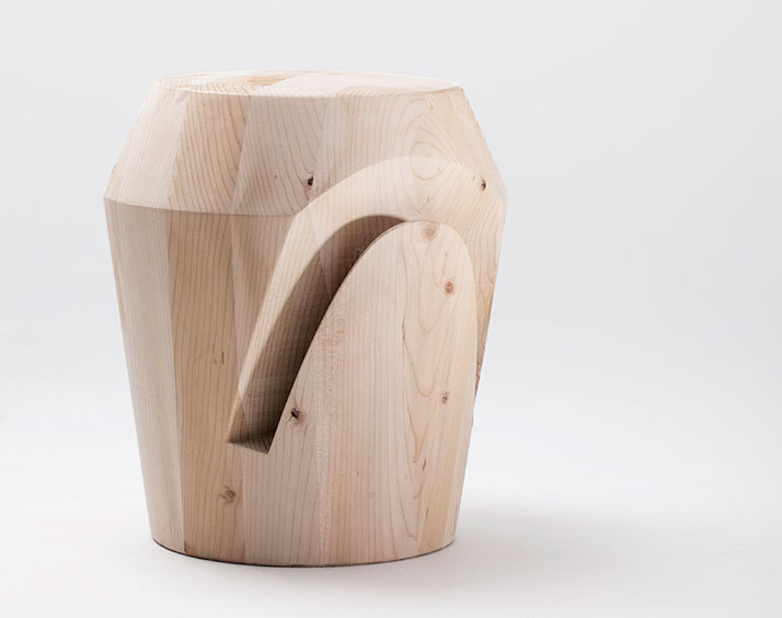 Alfiere stool, photo © Andrea Basile.