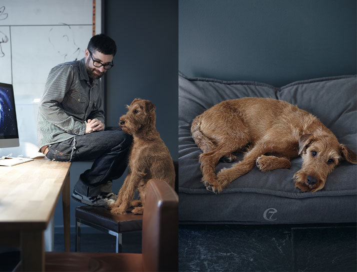 Steve & Finnegan on a COZY dog bed, photo © Janne Peters.