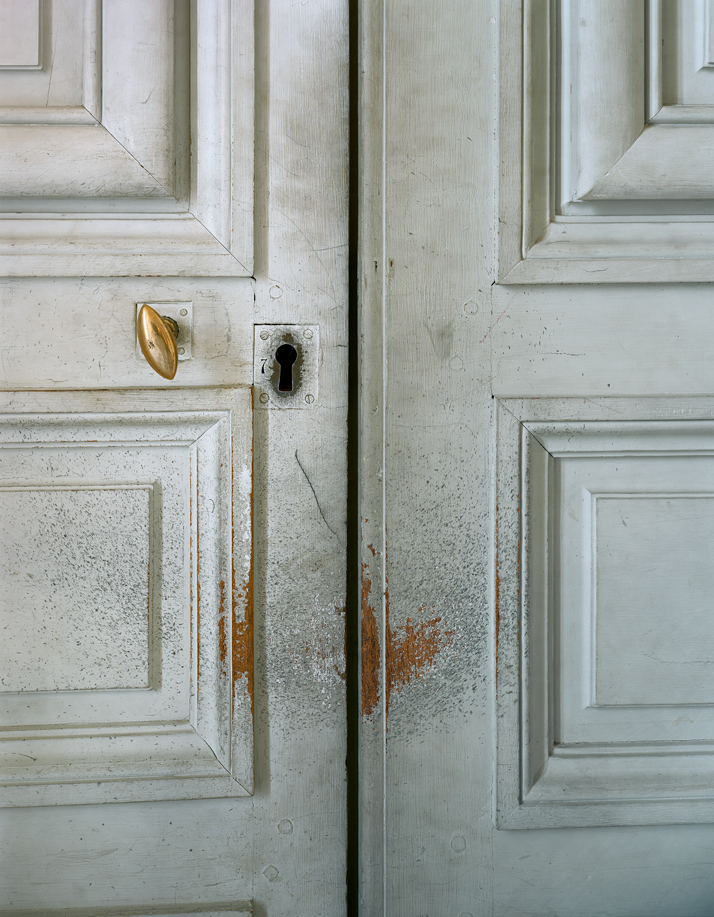 ROBERT POLIDORI''Door detail, Galerie Basse, Versailles''72'' by 60'' (183 cm by 152 cm)C-print2005/2013Copyright: ROBERT POLIDORI.Courtesy: Mary Boone Gallery and Edwynn Houk Gallery, New York.