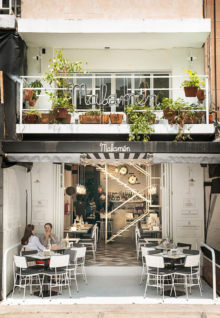 The story of malam n restaurant in polanco mexico city for Cafe design exterior