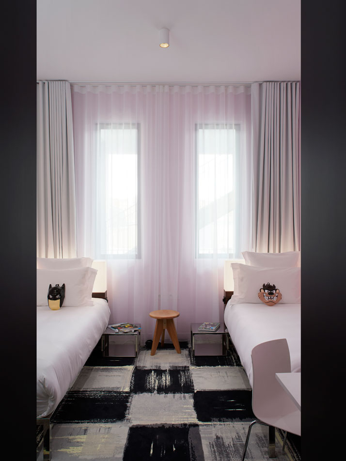 the new mama shelter hotel by philippe starck in b. Black Bedroom Furniture Sets. Home Design Ideas