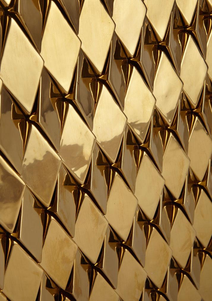 Wellington Gold (High Gloss Metallic Ceramic).Photo © Giles Miller Studio.