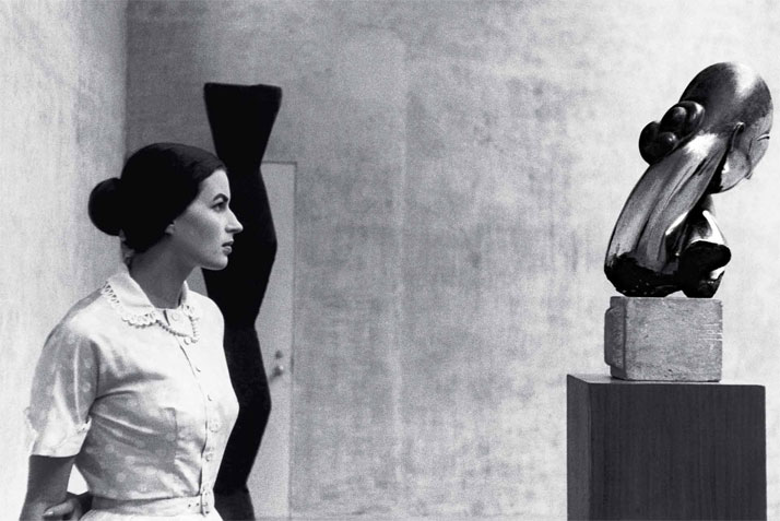 Italian actress Sylvana Mangano at the Museum of Modern Art, New York, 1956, with Mademoiselle Pogany and Endless Column.The image is featured in the book ''Brancusi in New York 1913-2013'', published by ASSOULINE.Image Courtesy of the Brancusi Estate and Paul Kasmin Gallery.