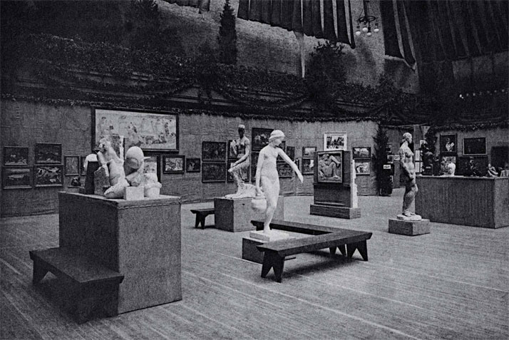 The Armory Show, 1913. Brancusi's ''mobile group'' is on the left.The image is published in the book ''Brancusi in New York 1913-2013'' by ASSOULINE.Image Courtesy of the Brancusi Estate and Paul Kasmin Gallery.