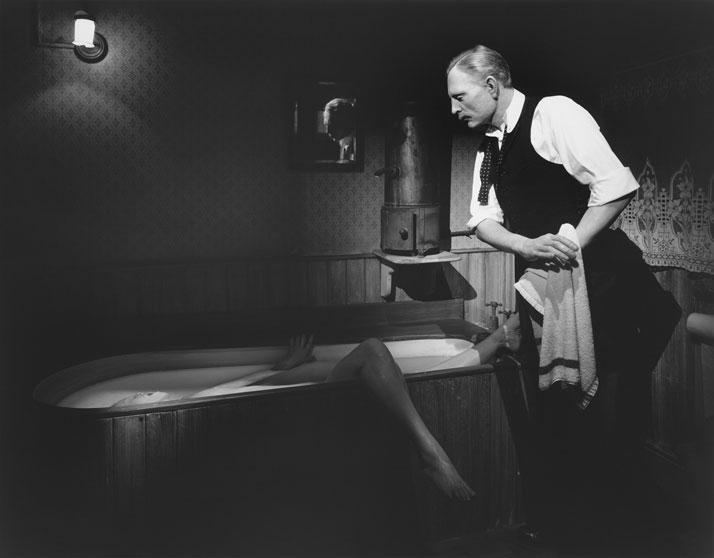 Hiroshi Sugimoto, The Brides in the Bath Murder, 1994. Madame Tussaud's Wax Museum, © Hiroshi Sugimoto.