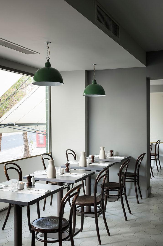The café. Photo© Paul Raeside.