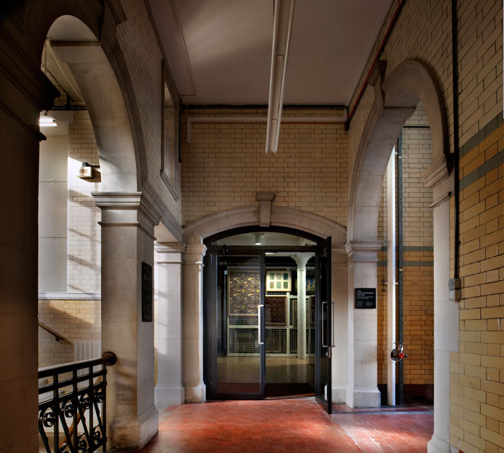 The Clothworkers' Centre for Textile and Fashion Study and Conservation.photo © Philip Vile, Victoria and Albert Museum, London.