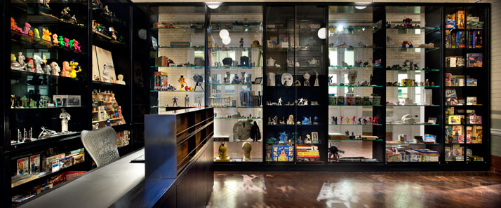 Eduardo Paolozzi 'Kit-Kat' Collection of toys and robots at The Clothworkers' Centre for Textile and Fashion Study and Conservation.photo © Philip Vile, Victoria and Albert Museum, London.