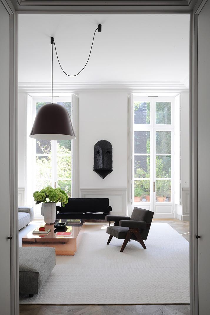 A Private Apartment By Joseph Dirand In Saint Germain Des