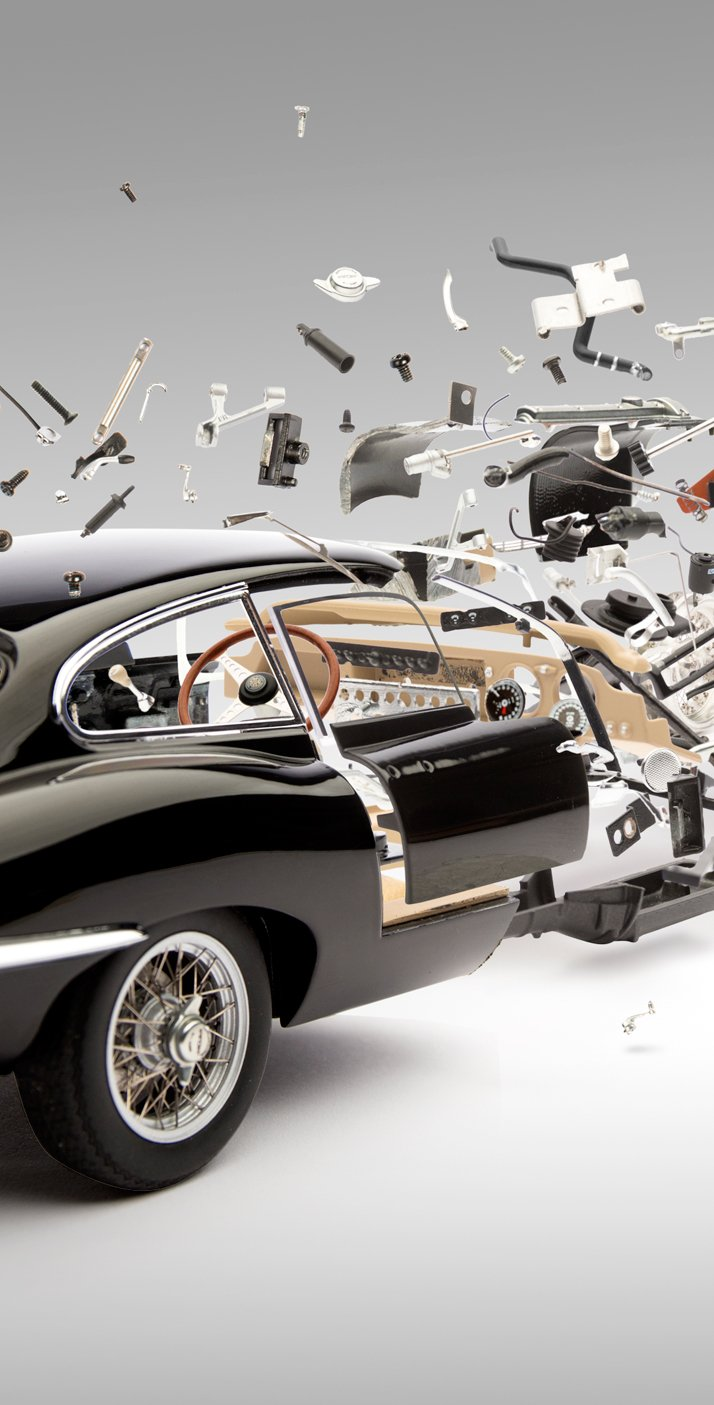 Black Jaguar E-Type (1961); Disintegrating 03 (detail), photo © Fabian Oefner.