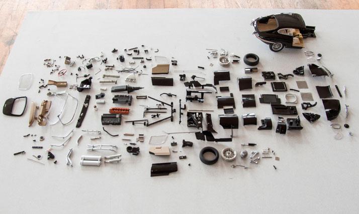 Black Jaguar E-Type (1961); Disintegrating series (making of), photo © Fabian Oefner.