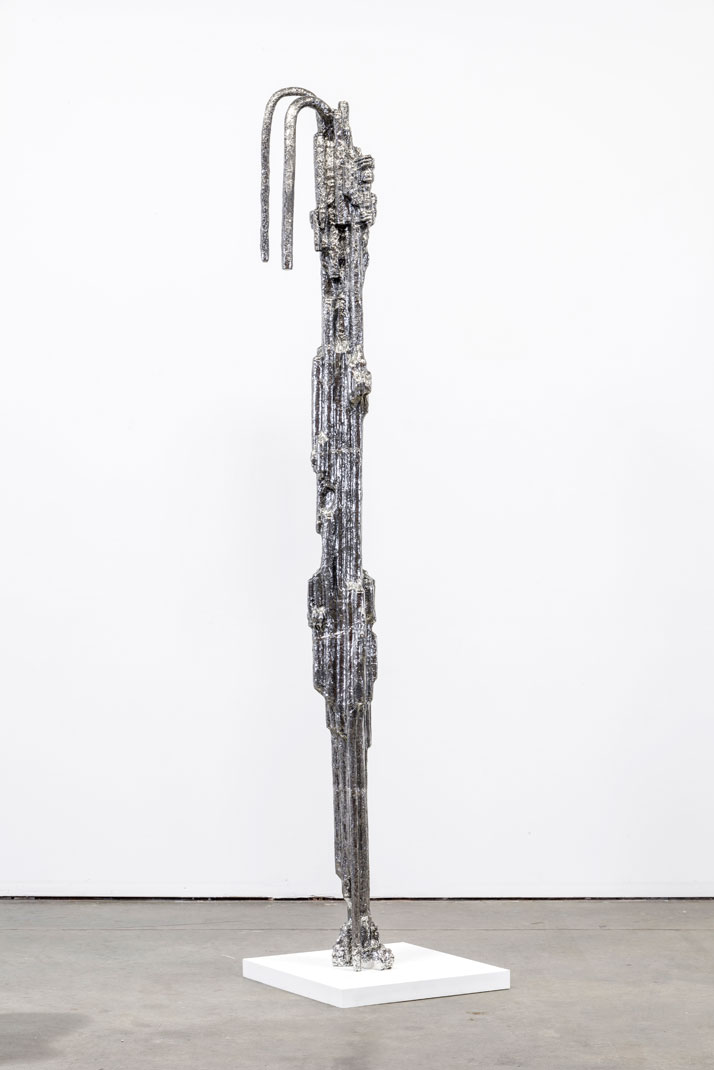 Joel Morrison, Freebasing with Dan, 2013 Stainless steel, 279,4 x 20,3 x 30,5 cm.Courtesy of the artist and Almine Rech Gallery.