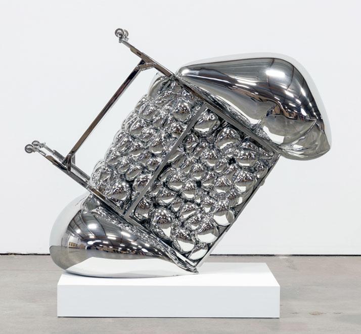 Joel Morisson, Still Crashing, 2013 Stainless steel, 111,8 x 149,9 x 73,7 cm.Courtesy of the artist and Almine Rech Gallery.