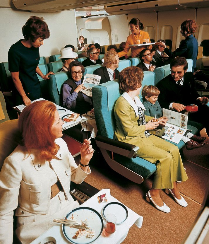 Economy class on board a Lufthansa Boeing 747, 1972.Airline: Style at 30,000 Feet (mini edition). Courtesy of Laurence King Publishing.