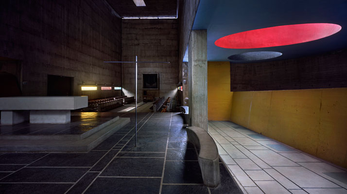 Le Corbusier / Sainte-Marie de La Tourette Dominican monastery, Eveux-sur-l'Arbresle, 1955-60. Interior view of the chapel © Richard Pare, 2011.