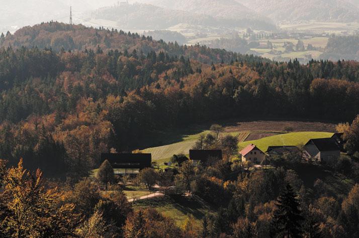 Photo© Miran Kambič, Jure Goršič.