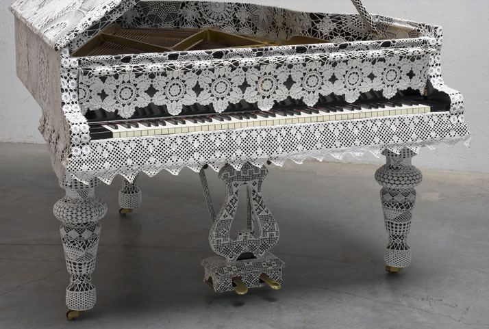 Joana Vasconcelos, Piano Dentelle, 2008-2011. (detail)