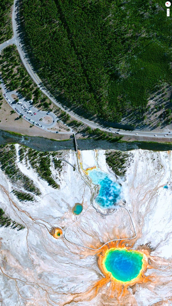 Grand Loop Road / Grand Prismatic Spring, Yellowstone National Park, Wyoming, USA.Overview captured with Apple Maps. Satellite imagery from Digital Globe.Copyright 2014, Daily Overview.