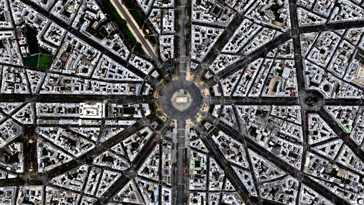 Arc de Triomphe, Paris, France.Overview captured with Apple Maps. Satellite imagery from Digital Globe.Copyright 2014, Daily Overview.
