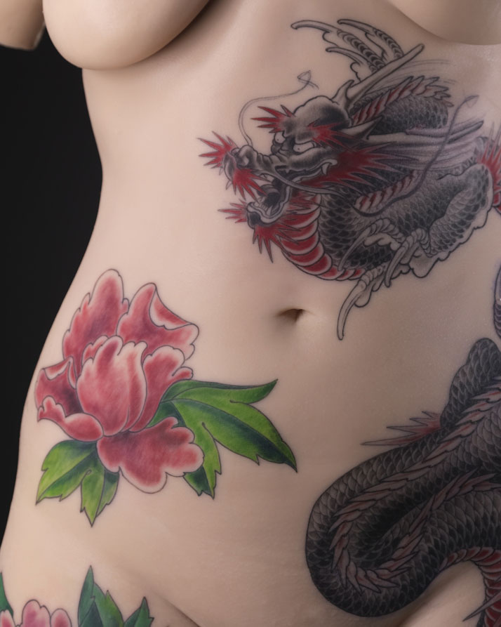 Tattoo on a female body, silicone. Artist: Tin-Tin, France, 2013 © Musée du quai Branly – photo: Thomas Duval.