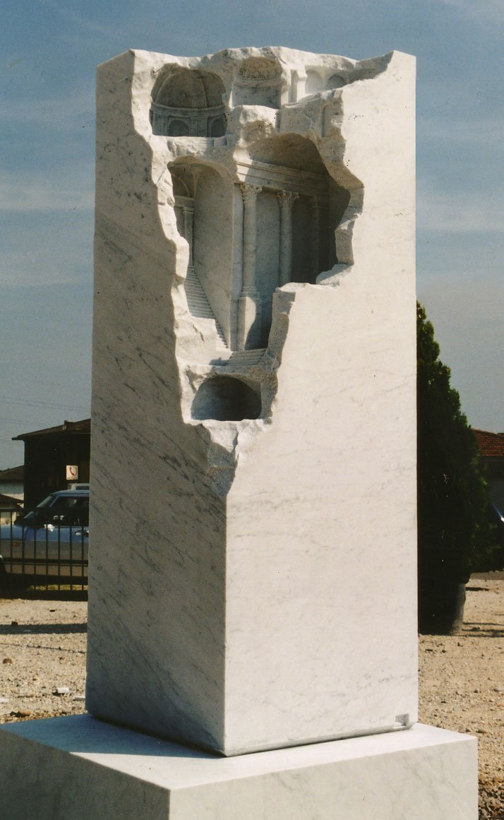 Matthew Simmonds, Hidden Landscape, Carrara marble 1999, 50 X 50 X 170cm2nd International Sculpture Symposium, VeronaFirst prize winnerphoto © Matthew Simmonds.