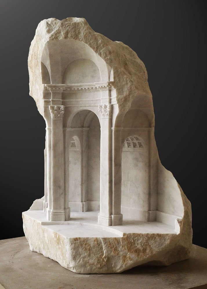 Matthew Simmonds, Essay in Baroque Space, Carrara marble 2013, height 49cmphoto © Matthew Simmonds.