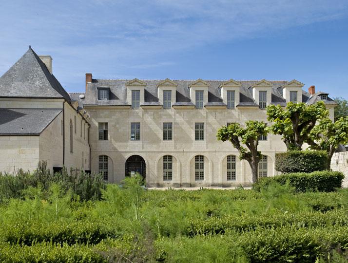 decordemon the abbaye de fontevraud hotel in anjou france. Black Bedroom Furniture Sets. Home Design Ideas