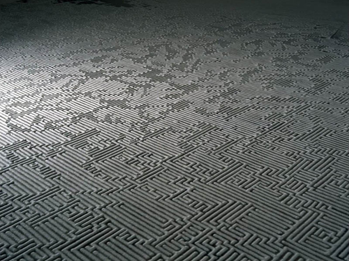 Motoi Yamamoto, Labyrinth (detail)salt / 4×8.5mThe Road not Taken'05・KYOTO / Gallery Sowaka, KyotoApril 2005
