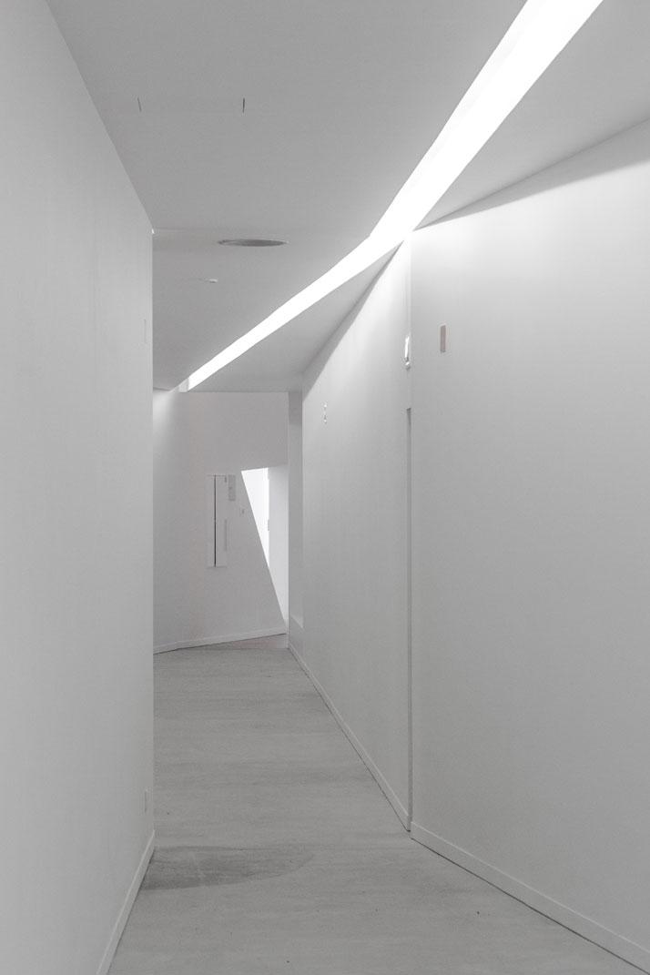 Pocinho High Performance Centre by Álvaro Fernandes Andrade; photo: João Morgado.